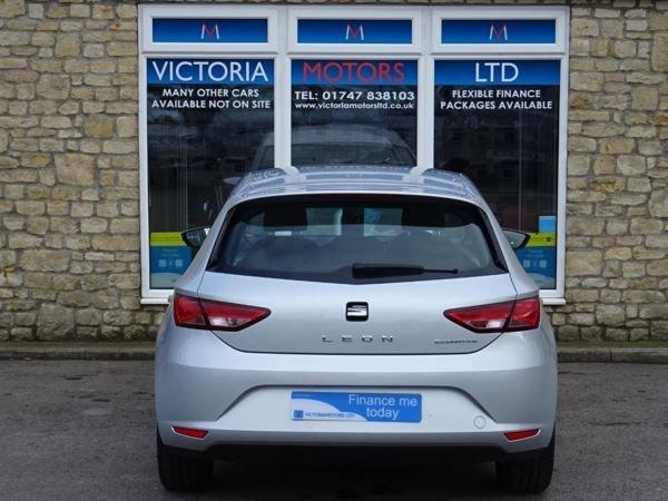 SEAT LEON at Victoria Motors Ltd