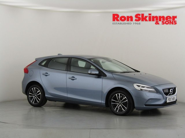 View our 2017 17 VOLVO V40 2.0 D2 MOMENTUM NAV PLUS 5d AUTO 118 BHP