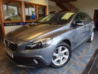 2014 VOLVO V40 1.6 D2 CROSS COUNTRY LUX 5d AUTO 113 BHP £10450.00