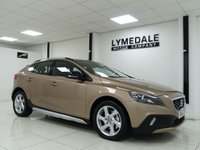 2014 VOLVO V40 1.6 D2 CROSS COUNTRY LUX 5d AUTO 113 BHP £9990.00