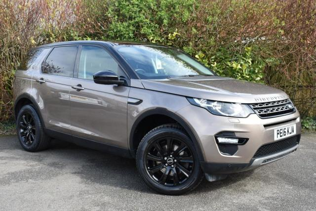 2016 16 LAND ROVER DISCOVERY SPORT 2.0 TD4 SE TECH SUV 5 DOOR Diesel Automatic 4x4 (139 g/km, 178bhp)