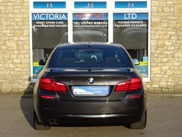 BMW 5 SERIES at Victoria Motors Ltd