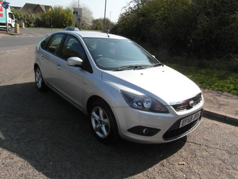 2010 FORD FOCUS 1.8 125 Zetec Petrol 5 door £4995.00