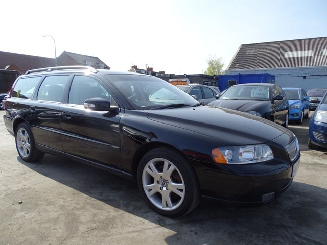 USED 2006 56 VOLVO V70 2.4 D5 S DRIVES WELL