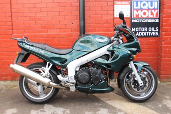 View our TRIUMPH SPRINT ST 955