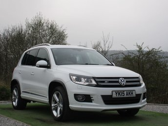 2015 VOLKSWAGEN TIGUAN 2.0 R LINE TDI BLUEMOTION TECHNOLOGY 4MOTION 5d 148 BHP £14990.00
