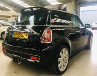 USED 2010 59 MINI HATCH COOPER 1.6 COOPER S 3d 172 BHP stunning with chilli pack