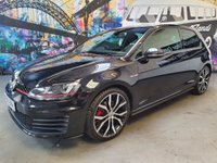 USED 2016 16 VOLKSWAGEN GOLF 2.0 GTI LAUNCH 3d 218 BHP