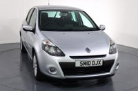 USED 2010 10 RENAULT CLIO 1.1 DYNAMIQUE TOMTOM TCE 5d 100 BHP 2 OWNERS with 6 Stamp SERVICE HISTORY