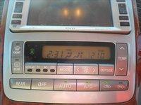 USED 2004 TOYOTA ALPHARD GRADE 4 3LTR GOLD ALPAHARD