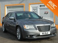 """USED 2013 63 CHRYSLER 300C 3.0 CRD EXECUTIVE 4d 236 BHP 20"""" Alloys, Twin Panoramic Roofs, Lane Assist, Heated Seats"""