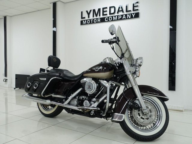 View our HARLEY-DAVIDSON FLHR ROAD KING 1584