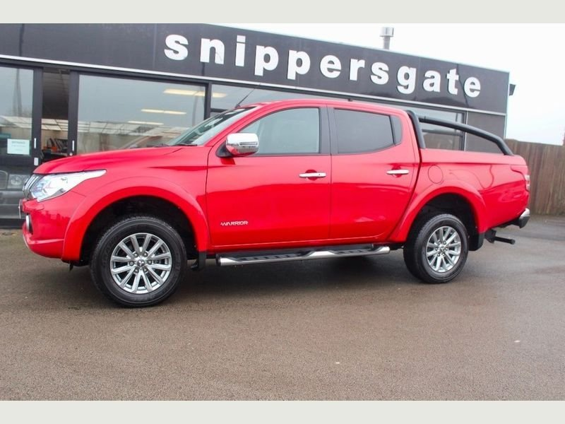 USED 2015 65 MITSUBISHI L200 2.4 DI-D Warrior Double Cab 4WD 4dr NO VAT TO PAY,Great Condition Privately Owned L200, Full Mitsubishi Service History, Rear Parking Camera, Side Steps, Privacy Glass, Rear Roll Over Bars, Load Liner, Canopy Roller Cover, Sat Nav, Bluetooth Phone, Tow Bar, Electric Seats, 2 Keys and Book Pack,Black Full leather interior, Four wheel-drive.