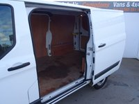 USED 2014 64 FORD TRANSIT CUSTOM 2.2 290 TREND LR P/V 1d 99 BHP FORD TRANSIT CUSTOM TREND SECURITY LOCKS PLY LINED