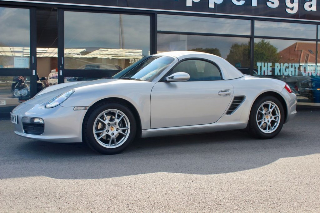 USED 2005 55 PORSCHE BOXSTER 2.7 987 2dr