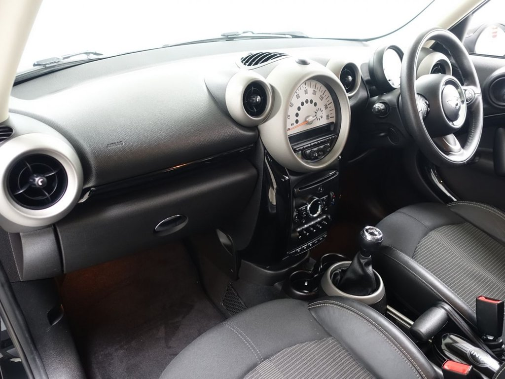 USED 2012 62 MINI COUNTRYMAN 1.6 COOPER S 5d 184 BHP