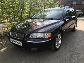 2005 VOLVO V70 2.4 PETROL SE AUTOMATIC - UK CAR - ULEZ COMPLIANT £4990.00