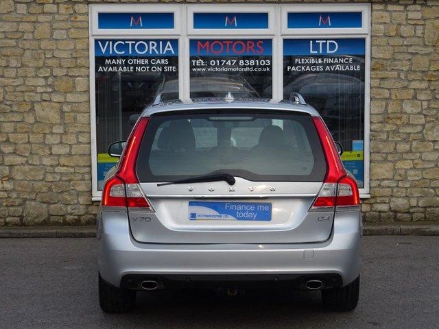 VOLVO V70 at Victoria Motors Ltd