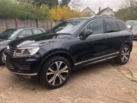 USED 2016 16 VOLKSWAGEN TOUAREG 3.0 V6 R-LINE TDI BLUEMOTION TECHNOLOGY 5d AUTO 259 BHP Full VW History, Pan Roof, Heated steering wheel.