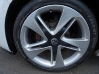 "USED 2013 63 VAUXHALL ASTRA 1.4 LIMITED EDITION 5d 140 BHP 19"" BI-COLOUR ALLOY WHEELS + HALF LEATHER"