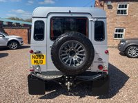 USED 2013 63 LAND ROVER DEFENDER 2.2 TD XS STATION WAGON 3d 122 BHP
