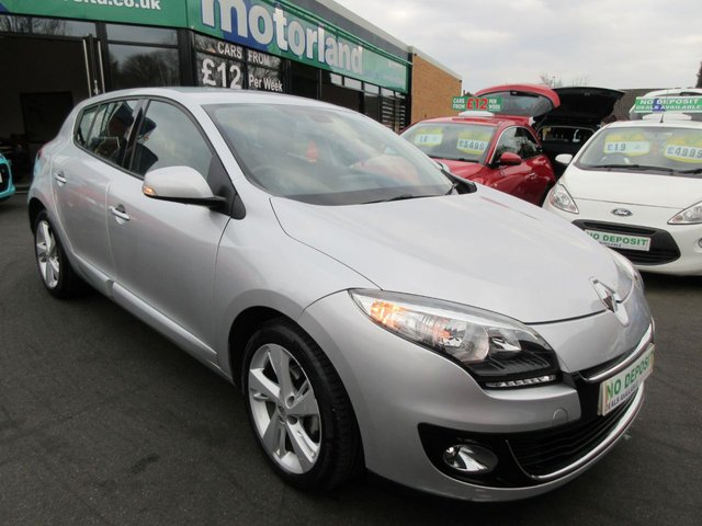 USED 2013 13 RENAULT MEGANE 1.6 DYNAMIQUE TOMTOM VVT 5d 110 BHP **JUST ARRIVED ..ONE OWNER..ONLY 11,000 MILES FROM NEW..SAT NAV **