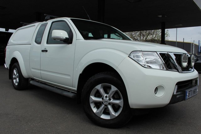 NISSAN NAVARA at Derby Trade Cars