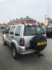USED 2005 55 JEEP CHEROKEE 2.8 LIMITED CRD 5d 161 BHP