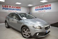 USED 2015 65 VOLVO V40 2.0 D2 CROSS COUNTRY LUX 5d AUTO 118 BHP Full Leather, Cruise control, 1 Owner, Great MPG, DAB radio