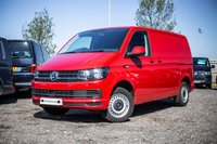 USED 2018 18 VOLKSWAGEN TRANSPORTER T28 TDI STARTLINE SWB 102 BLUEMOTION EURO 6 CHERRY RED WITH AC