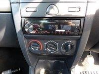USED 2004 04 RENAULT CLIO 1.2 AUTHENTIQUE 8V 3d 58 BHP