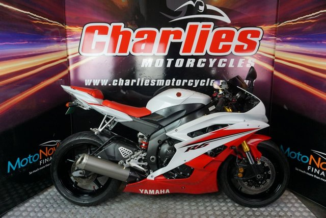 View our YAMAHA YZF-R6