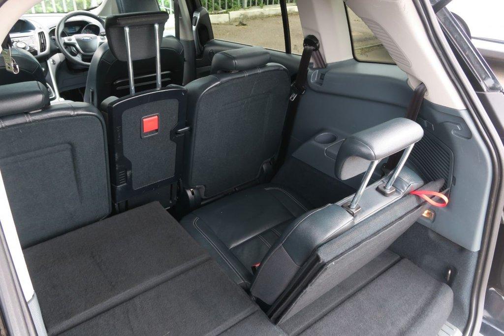 USED 2011 11 FORD GRAND C-MAX 1.6 TITANIUM 5d 148 BHP