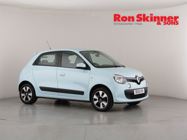 View our 2016 16 RENAULT TWINGO 1.0 PLAY SCE 5d 70 BHP