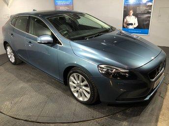 2013 VOLVO V40 2.0 D3 SE LUX NAV 5D AUTO 148 BHP £10350.00
