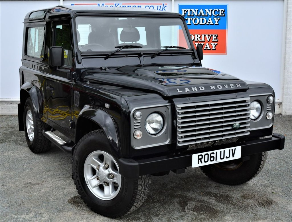 USED 2011 61 LAND ROVER DEFENDER 90 2.4 TD XS STATION WAGON 3d 4 Seat 4x4 SUV Great Looking Low Mileage Defender with Side Steps Heated Seats Air Conditioning a Good Service History and Ready to Drive Away Today  **LOW MILEAGE**