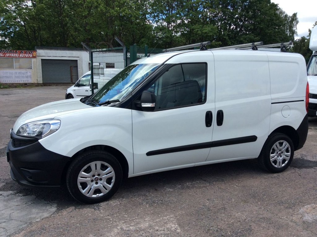 USED 2016 16 FIAT DOBLO 1.3 16V MULTIJET 90 BHP 1 OWNER FSH NEW MOT  FREE 6 MONTH AA WARRANTY INCLUDING RECOVERY AND ASSIST  NEW MOT EURO 5 SPARE KEY ROOF RACK ELECTRIC WINDOWS