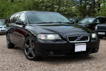 2005 VOLVO V70 R ESTATE 2.5 5dr Geartronic AWD £7950.00