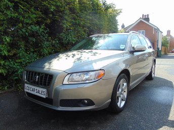 2008 VOLVO V70 2.5T PETROL SE LUX AUTOMATIC - UK CAR - ULEZ COMPLIANT £5990.00