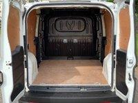 USED 2014 14 VAUXHALL COMBO VAN 1.2 2300 L2H1 CDTI S/S ECOFLEX 1d 90 BHP
