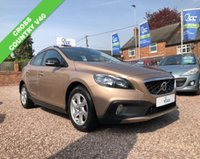 USED 2014 63 VOLVO V40 1.6 D2 CROSS COUNTRY SE 5d 113 BHP