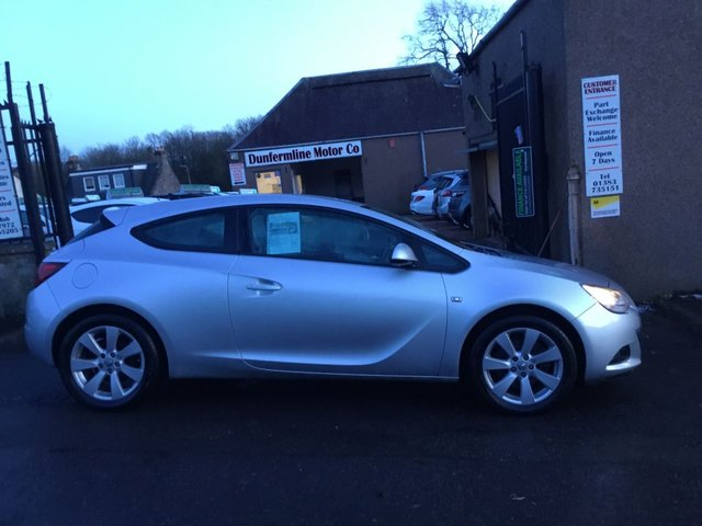 USED 2012 12 VAUXHALL ASTRA 1.4 GTC SPORT S/S 3d 138 BHP ++SERVICE HISTORY+CAR COMES WITH A 12 MONTHS AA BREAKDOWN COVER++