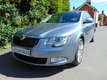 2012 SKODA SUPERB 2.0 TDI ELEGANCE CR AUTOMATIC 'ONE OWNER FROM NEW' - FULL SKODA SERVICE HISTORY £7990.00