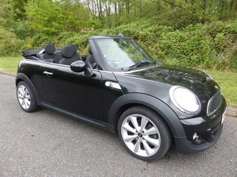 2011 MINI CONVERTIBLE COOPER S AVENUE £7500.00