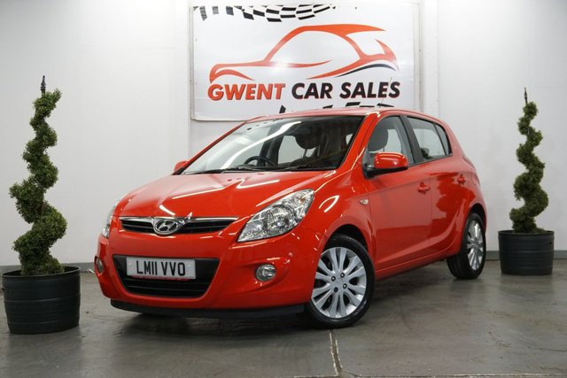 USED 2011 11 HYUNDAI I20 1.4 STYLE 5d 99 BHP GREAT LOW MILEAGE + HIGH SPEC