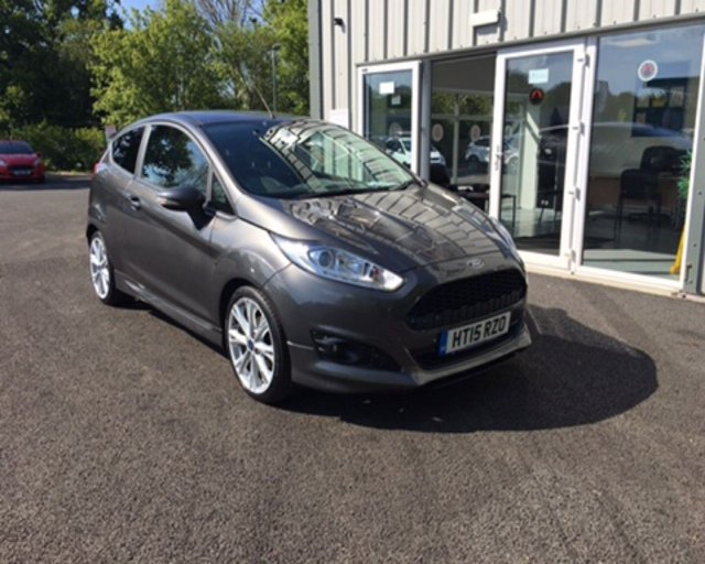 2015 15 FORD FIESTA 1.0 ZETEC S ECOBOOST (140PS) 3dr