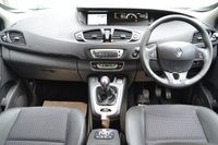 USED 2016 65 RENAULT GRAND SCENIC 1.5 DYNAMIQUE NAV DCI 5d 110 BHP