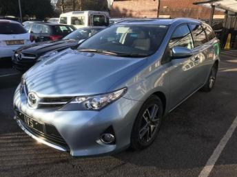 2015 TOYOTA AURIS  1.4 D-4D Icon+ Touring Sports (s/s) 5dr £8750.00