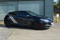 USED 2015 15 RENAULT MEGANE 2.0 RENAULTSPORT TROPHY S/S 3d 275 BHP OHLINS SUSPENSION, AKRAPOVIC EXHAUST, PANORAMIC ROOF, LEATHER RECAROS, CUP CHASSIS, SAT NAV, V2 RENAULTSPORT MONITOR