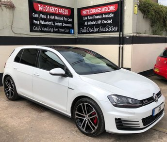 2017 VOLKSWAGEN GOLF GTD 2.0 DSG 5DR AUTO 185 BHP, PANORAMIC SUNROOF. £18650.00
